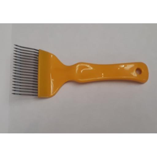 uncapping-fork-379-p.jpg