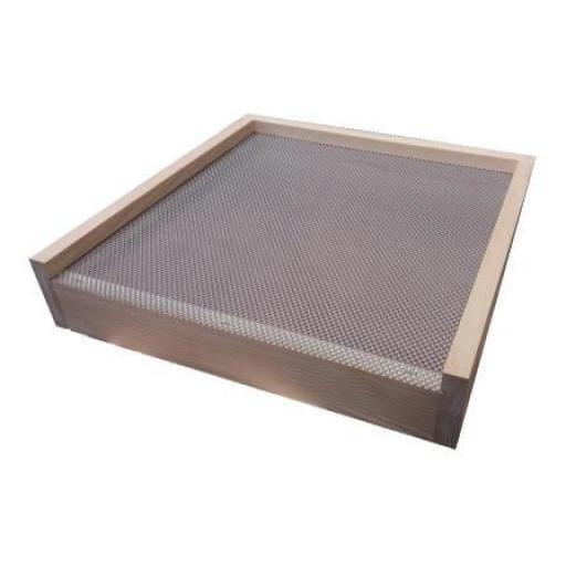 national-varroa-floor-redwood-assembled-[2]-351-p.jpg
