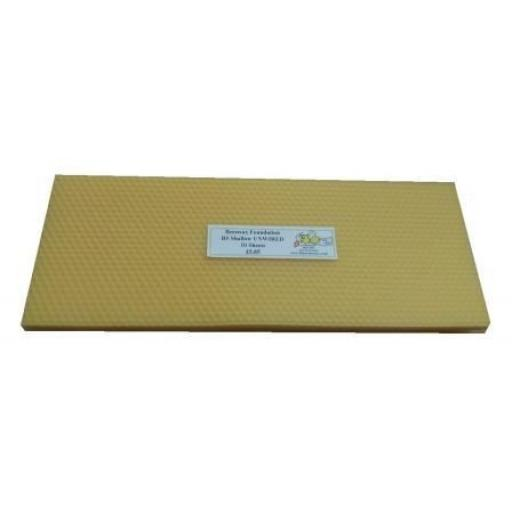UNWIRED Beeswax Foundation BS National Shallow / Super Worker Base 11 sheets.